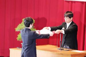 第6回卒業証書授与式を挙行しました